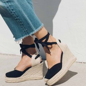 Soludos Espadrilles. size 7 like new condition.
